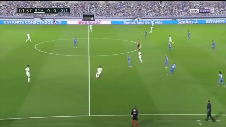 西甲:皇马1-0赫塔费6连胜4分领跑 卡瓦哈尔造点拉莫斯点射集锦