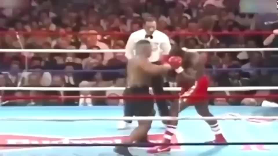 30年前泰森的铁拳力大如牛,轻松KO拳皇布鲁诺!场面想当激烈