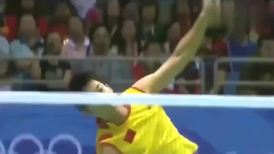 北京奥运会羽毛球决赛,林丹的绝招扣杀,李宗伟都没反应过来!