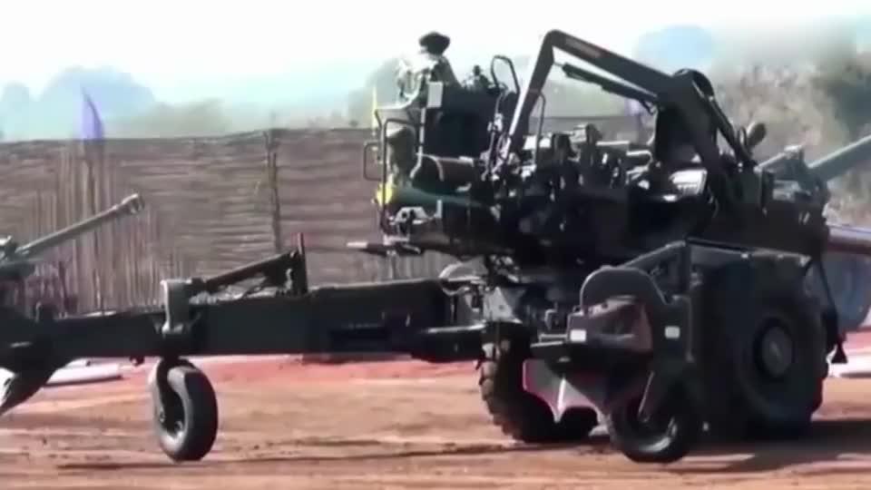 实拍印度士兵火炮演练,网友:从哪学来的技术?