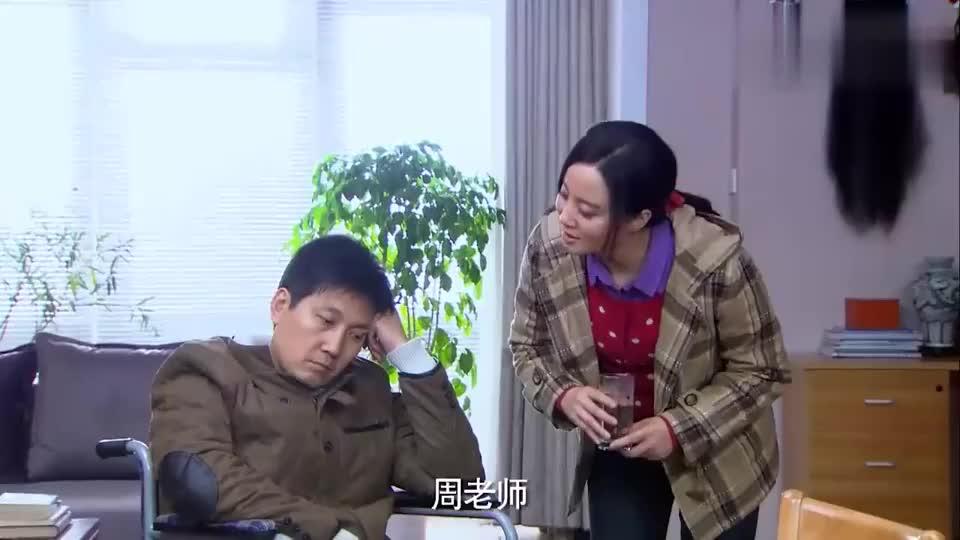 周老师抑郁症不说话,金多宝出绝招,要给他从斜坡上推下去!