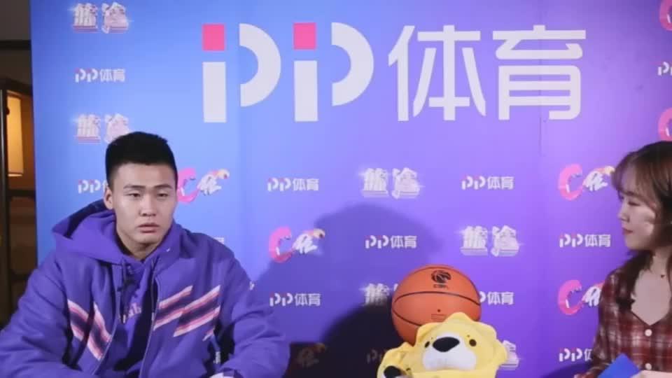 小球迷单挑赵睿,最后被一个动作吓懵,孩子的篮球梦碎了一地!