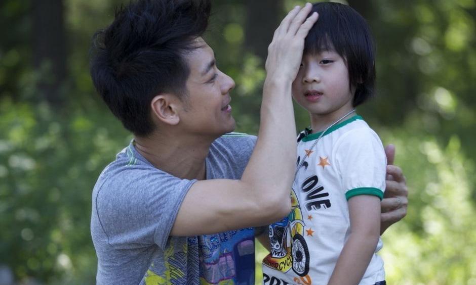 """11岁kimi""""整容式""""长大,颜值撞脸蔡徐坤,粉丝喊话:想嫁"""