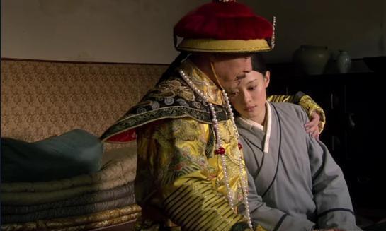 """甄嬛流产后,槿夕安慰她时说了什么?却不知雍正在门外""""偷听"""""""