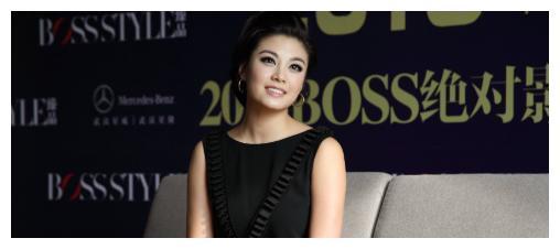 为嫁豪门抛弃刘恺威,廖碧儿被假富豪骗后,才知前男友身价上亿