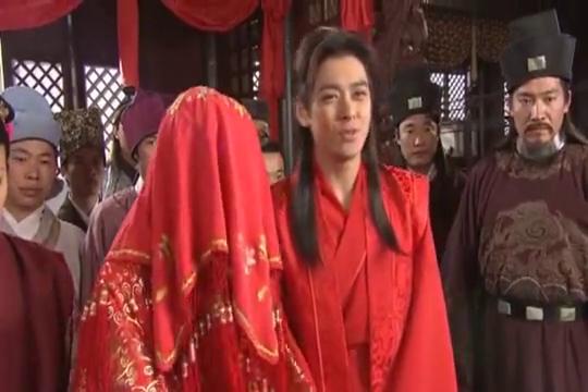 书剑情侠:果然姜还是老的辣,要当众掀开新娘盖头,验新娘真假?