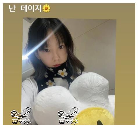 """金泰妍,素颜也这么漂亮吗?像雏菊一样的""""花美貌"""""""
