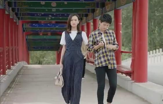 杜小双对赵一水非常生气,跟闺蜜诉苦,李银萍却觉得他俩有误会
