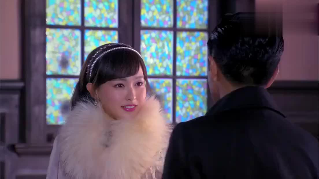 白正擎教堂提出和蒋心结婚,俩人还真是甜蜜