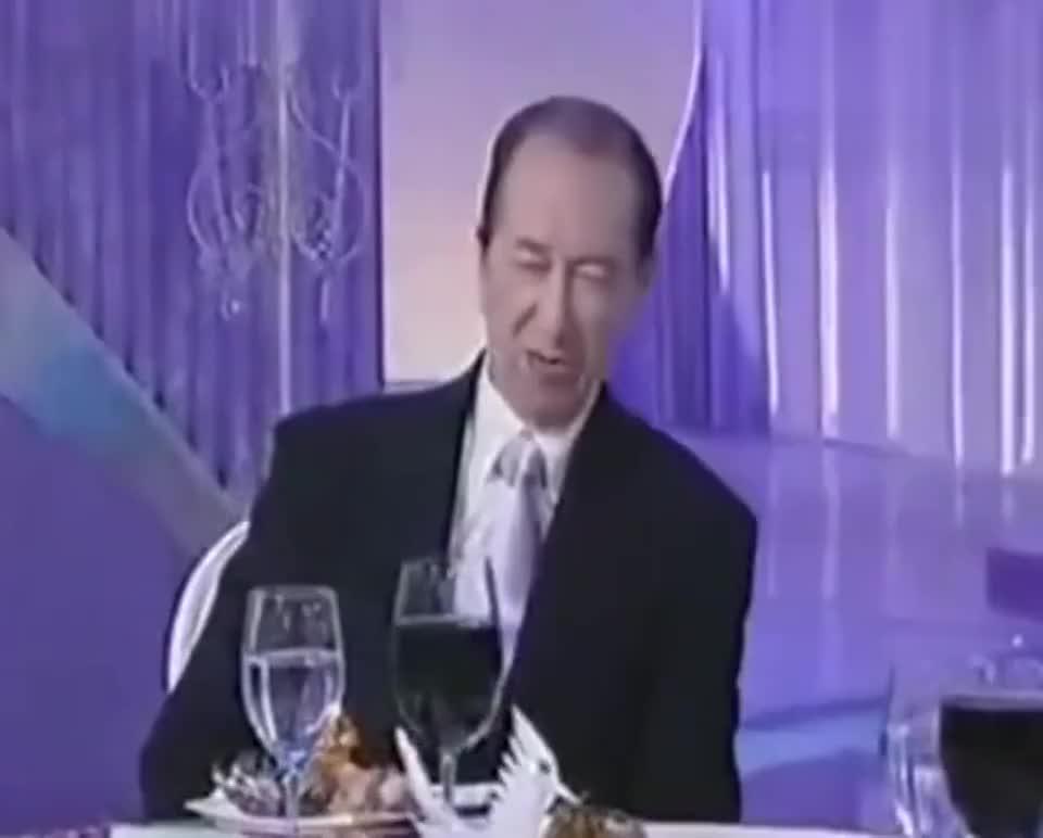 赌王何鸿燊:我16家赌场过万赌客,每一分钟我的身家都不同!