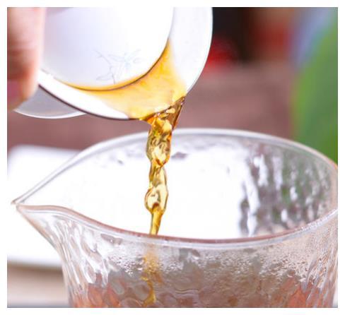 与夏天100%适配!五种香味于一体,小罐茶金骏眉红茶7月上市