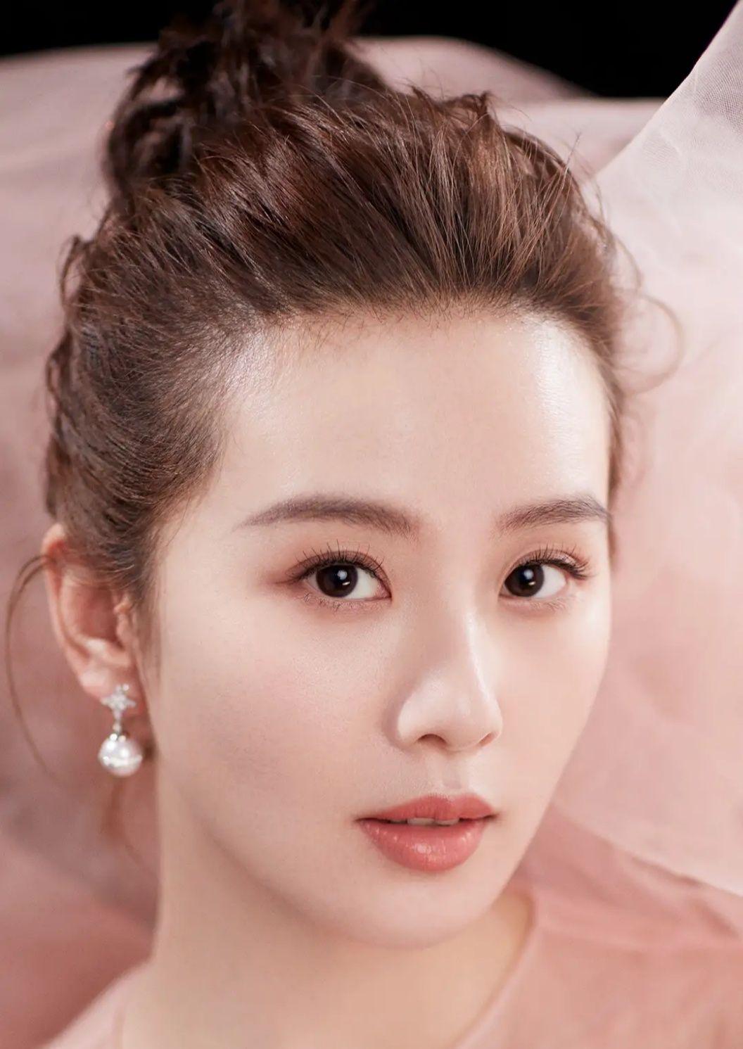影视明星刘诗诗写真:美若天仙,白雪公主颜值!