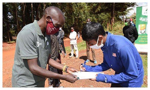 令人致敬!基普乔格捐助食物帮助困难运动员,伟大程度比肩博尔特