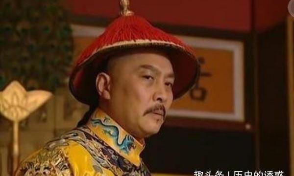 三朝元老孙嘉淦告老还乡,乾隆皇帝为何把他箱子里的砖头换成金银