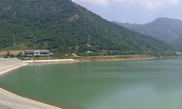 东莞最意外的一个水库,环境优雅山清水秀,如今却意外成为景点