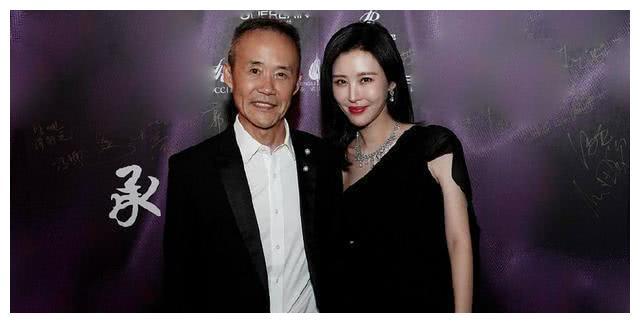 田朴珺发文回应与王石分手传闻:吃饱了撑的