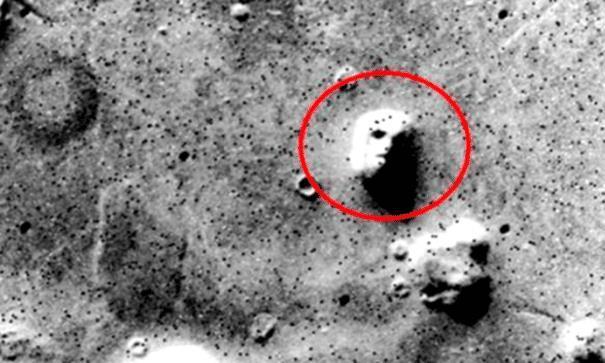 火星探测器传回神秘画面,这2点重要发现,证明外星文明的存在!