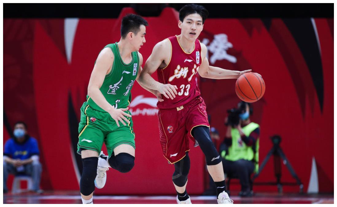 广东7连胜直追辽宁,广厦升至第7,4队哄抢季后赛