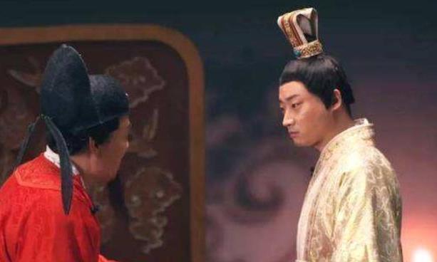 皇帝将55岁老宫女赐给宰相做妻子,结婚当天宰相却激动的直大喊