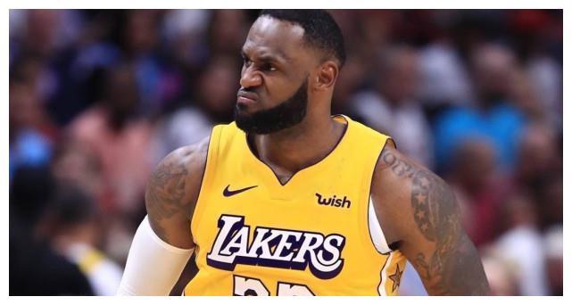 NBA总决赛持续进行中,湖人在先下一城的情况下迎战残阵热火