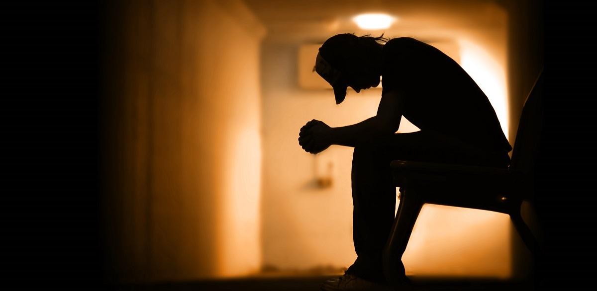 抑郁症会有什么表现?发生了怎么办?