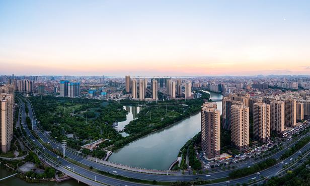 广东惠州又一条县道进行改建,东莞去罗浮山又方便了,双向六车道