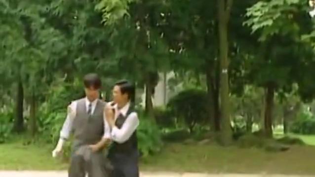 方瑜帮依萍做说客,书桓告诉方瑜:他不再爱依萍了