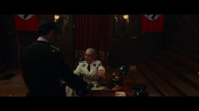 动作剧情电影,年轻的军官刺杀希特勒的场景