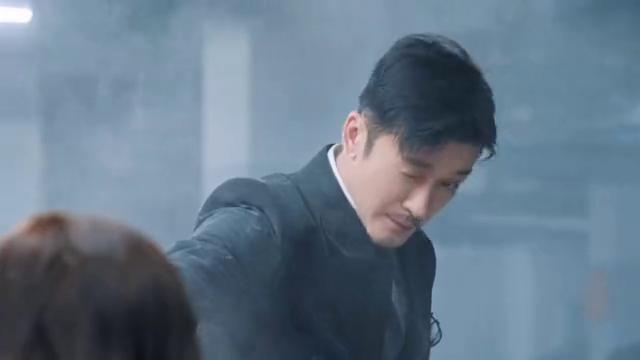 《我喜欢你》官宣,傲娇总裁林雨申和鬼马少女赵露思,CP感十足
