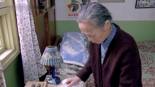 金婚:婆婆私藏文丽户口本,张国立夫妻不慌而散,离婚太难了