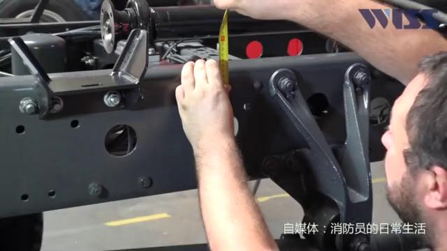 全程实拍一辆消防车从设计到出厂,老外的手艺精湛