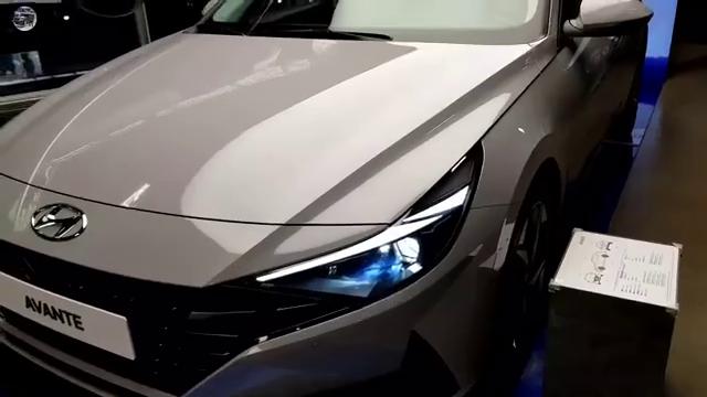 视频:来吧,新款展示!现代伊兰特2021款!