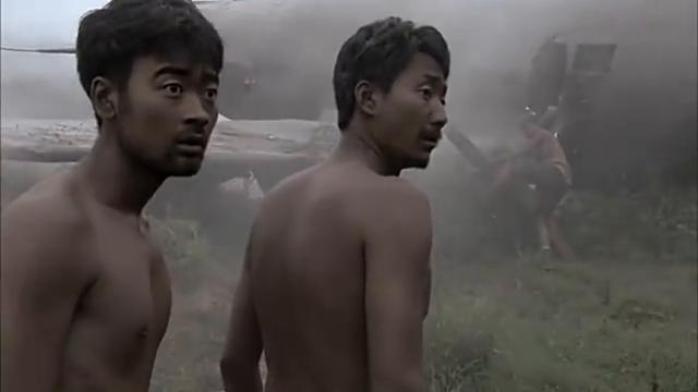 远征军坠机掉入丛林,日军误把远征军当成本地人