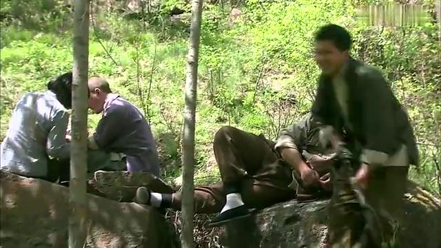 抗日奇侠:日本忍者跟踪八路,哪料早被识破,忍者这下在劫难逃