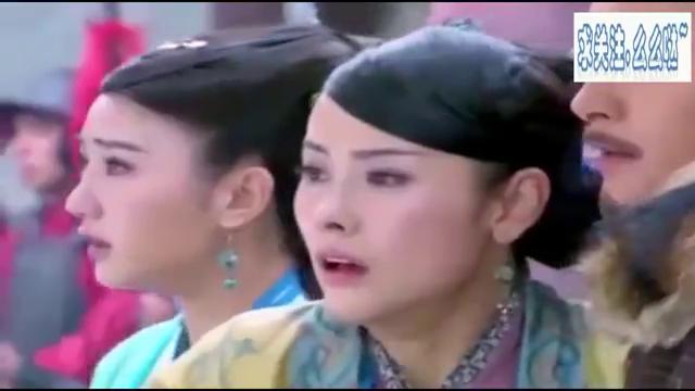 襄阳城大劫,杨过及时赶到大战金轮法王差点不敌,还好看到小龙女