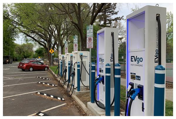 电动车碳排放比燃油车还多?答案终于来了:燃油车是其三倍
