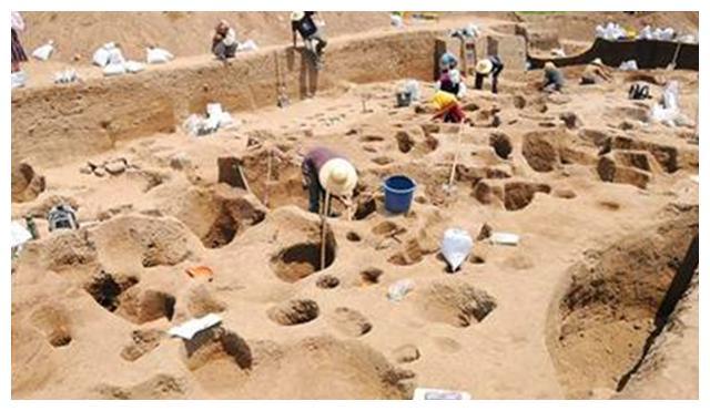 专家开挖一座南宋古墓,60岁老人赶来阻止:这是我家祖坟!