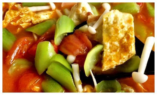 8月,教你在家做蔬菜汤,成本不到5块钱,好喝又营养,比肉汤香