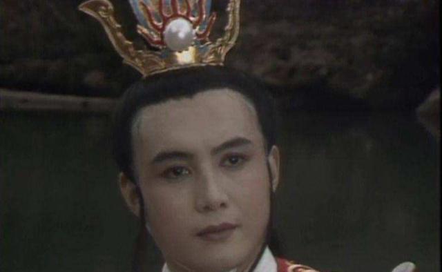 《西游记》:小白龙是名副其实的高富帅,为何万圣公主选择九头虫
