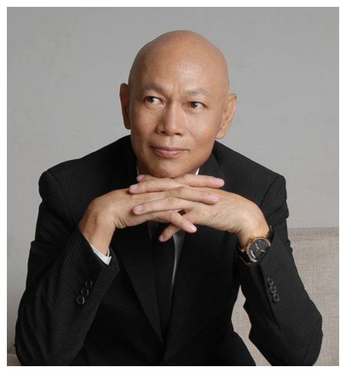 《大话西游》唐僧,与汪明荃爱情长跑21年,今73岁住院显憔悴