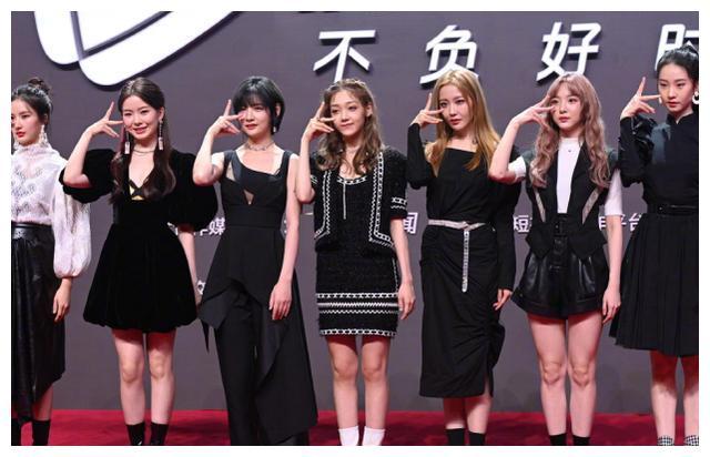 硬糖少女8月个人资源比拼:希林一般,陈卓璇是焦点,刘些宁厉害
