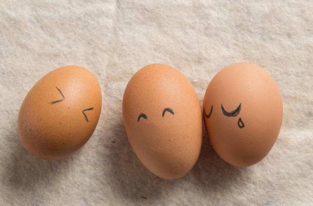 心理测试:下面哪一个鸡蛋是画的?测你到底聪不聪明