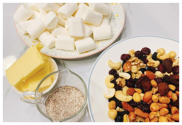 棉花酥糖,小时候幸福的味道|酥糖|黄油|咖啡粉|棉花糖