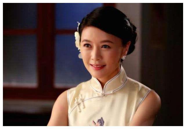 44岁田海蓉近照,为去世老公守寡8年,如今44岁美貌依旧