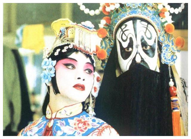 《霸王别姬》为什么被称为神作,张国荣的宿命为什么是程蝶衣