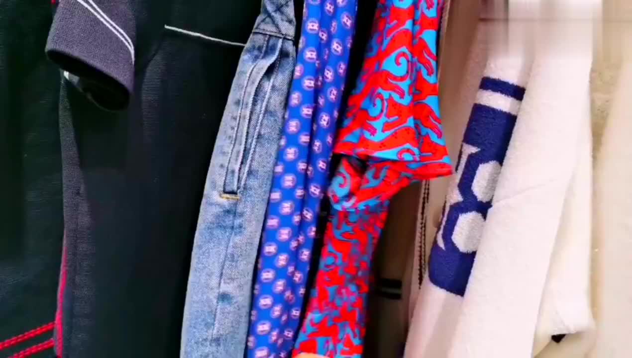 今夏潮流时尚的领航标钩子,联名权志龙GD小雏菊logo短袖超火