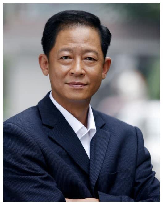 从不接广告的王志文,曾把徐帆赶出家门,永远拒绝和冯小刚合作