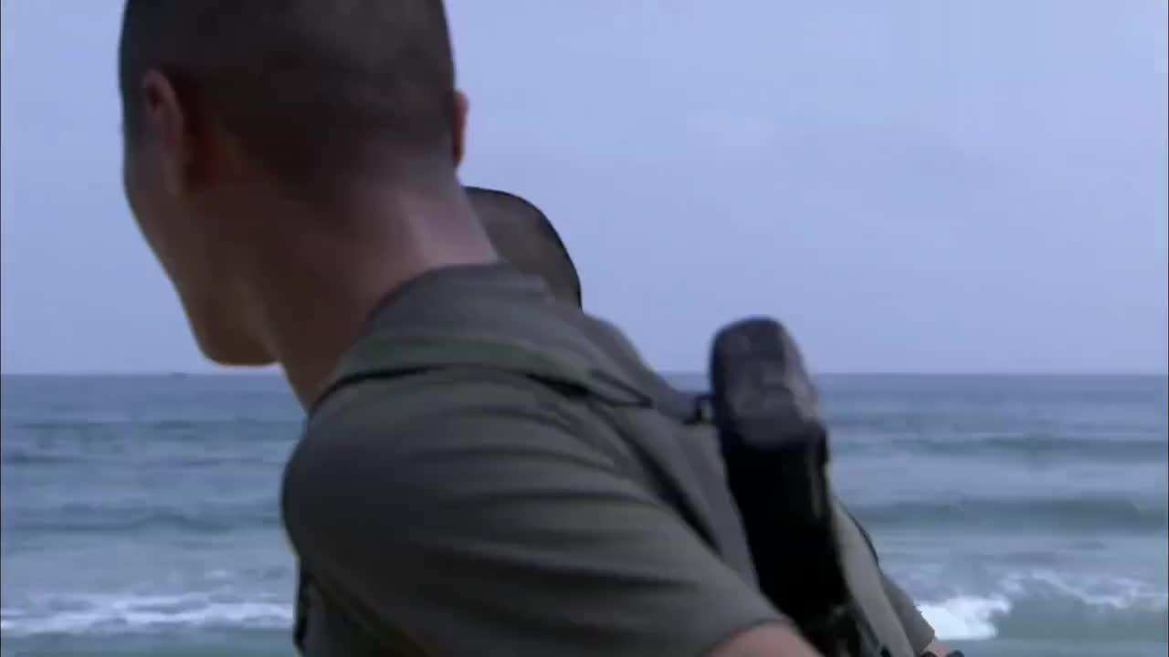 海军训练太残酷矮小伙受不了无奈主动拔旗退出