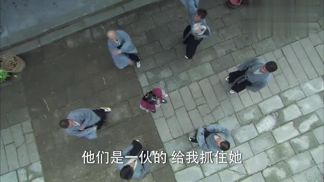 美女被小日本围堵看她怎逃出生天网友中国功夫高深
