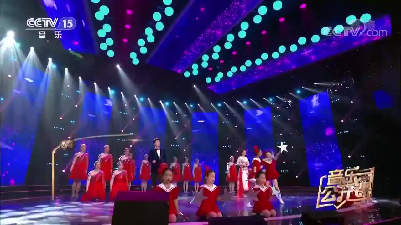 黄训国冯霞演唱心中的星海新一代歌唱家实力竟然这么强